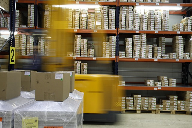 3PL Warehousing voice activated picking and pallet building